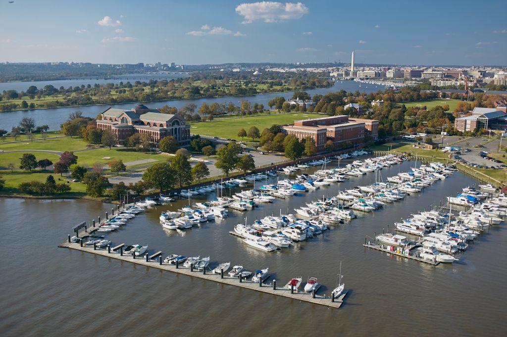 USA, Washington, D.C., Aerial photograph of Fort McNair marina on the Anacostia River