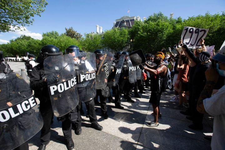 US-POLITICS-RACISM-JUSTICE-police-minorities